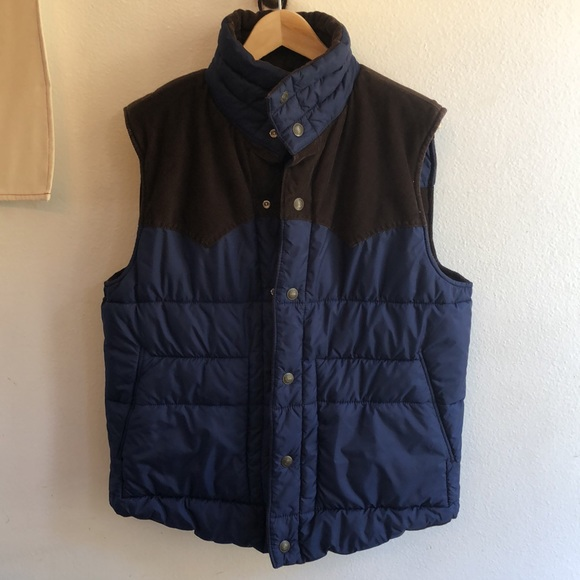 Men's Levi Western Corduroy Reversible Puffer Vest